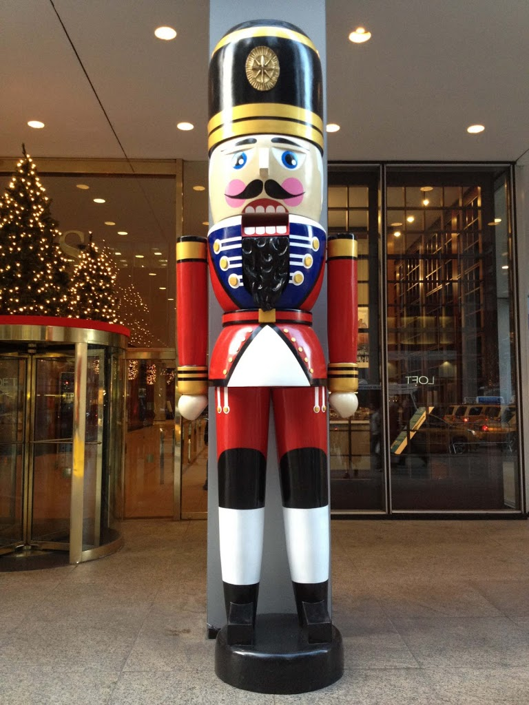 oversized 12ft tall fiberglass nutcracker