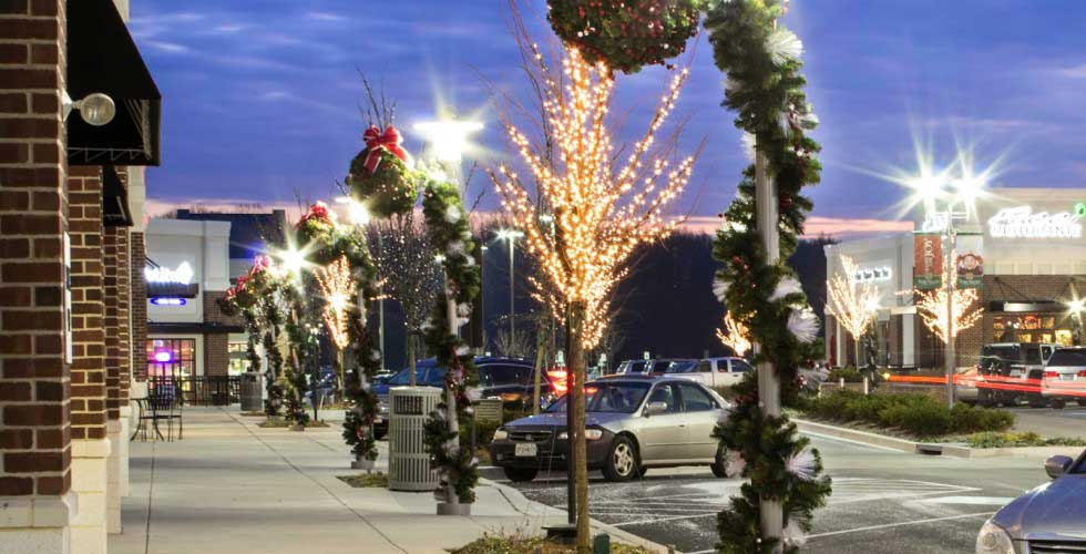 Christmas Commercial Decorations.Commercial Holiday Decorations Professional Decorations