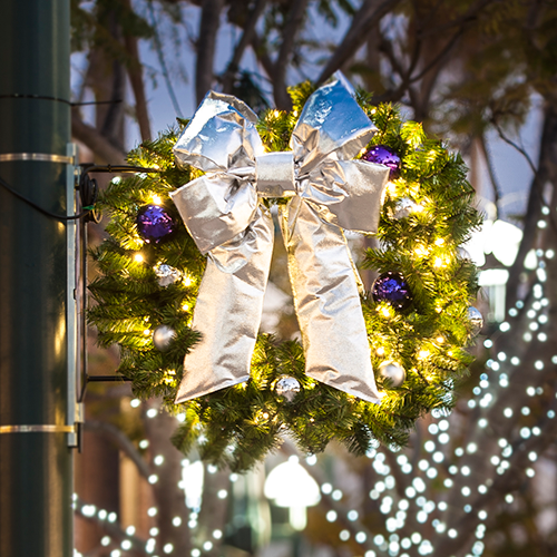 Commercial Holiday Decorations - Professional Decorations