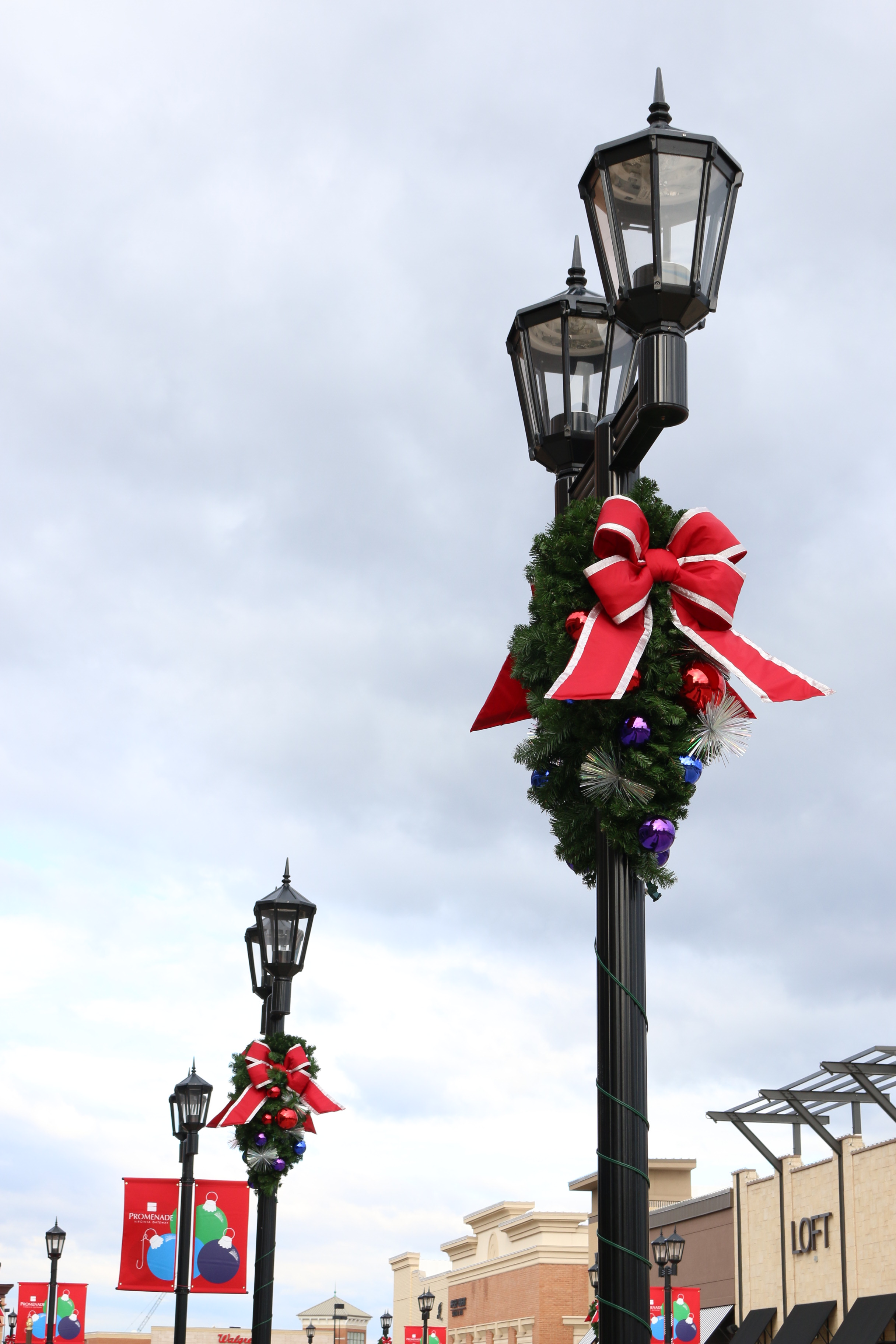custom light pole christmas decoration - Light Pole Christmas Decorations